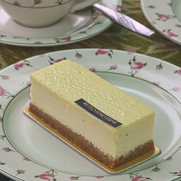NY Classic Vanilla Cheesecake Slice